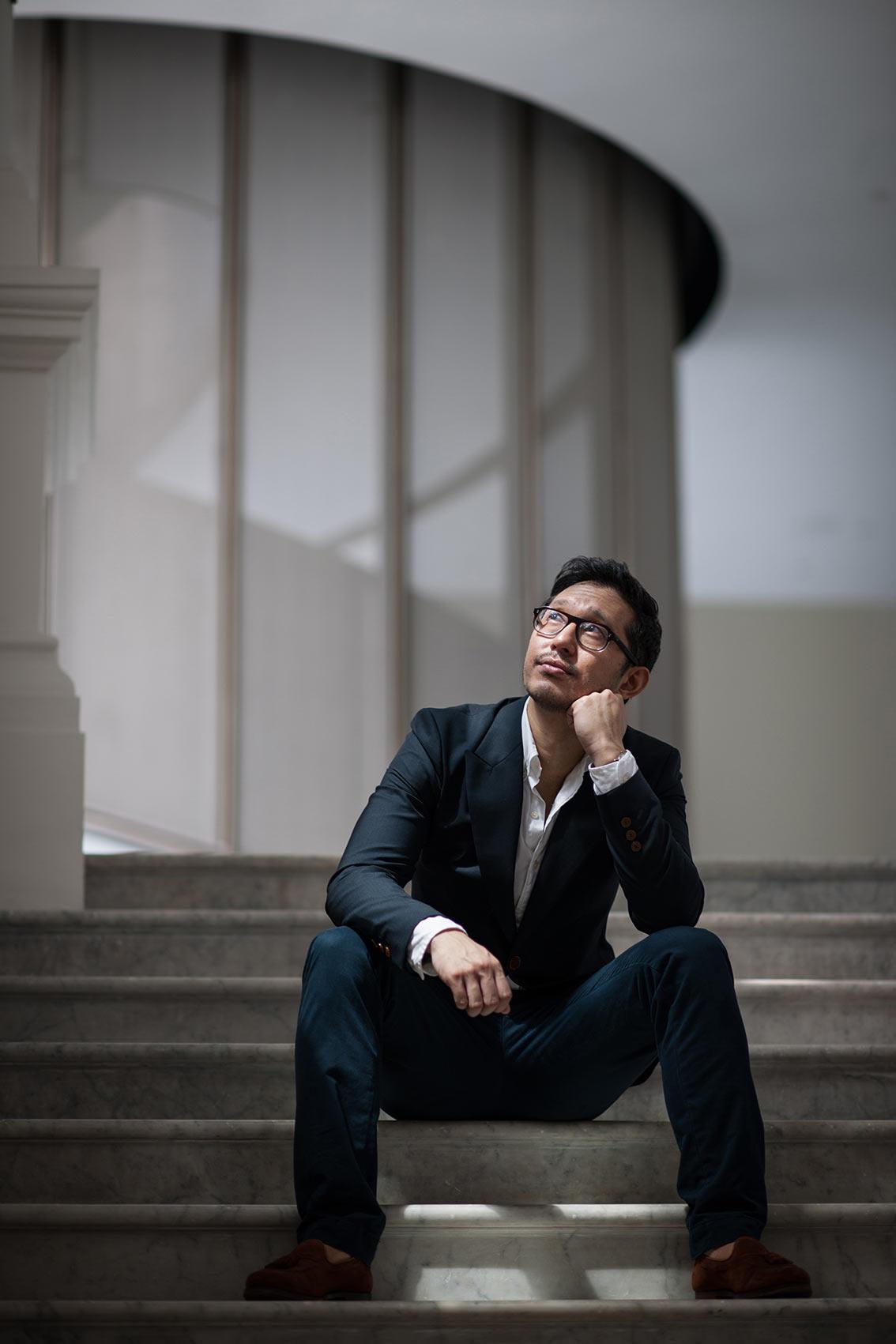 portrait photography, Jason Lai, Associate Conductor, Singapore Symphony Orchestra, Victoria Concert Hall, natural light